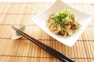 キノコと豆腐の梅和え